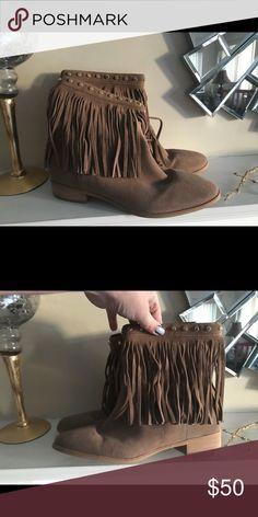 fc22b23e153 Michael Kors beige suede boots Michael Kors beige suede boots Michael Kors  Shoes Winter   Rain