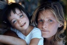 Mary McCartney and Linda Eastman-McCartney. It's a BEAUTIFUL picture.