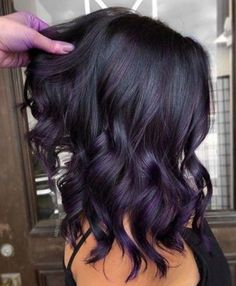 Fresh Purple Hair Color Shades for Fall Season 2019 We're going. Fresh Purple Hair Color Shades for Fall Season 2019 We're going to show off you here so many best shades of purple hair colors and hairstyles for those ladies who color ideas Hair Color Shades, Hair Color Purple, Hair Dye Colors, Hair Color For Black Hair, Cool Hair Color, Black Hair Purple Highlights, Violet Hair Colors, Winter Hair Colors, Black Ombre