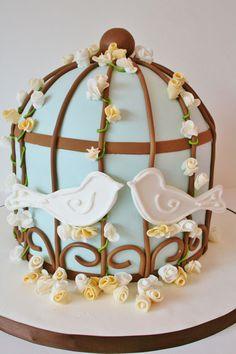lovebirds theme wedding cake