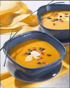 Unser beliebtes Rezept für Kürbis-Kartoffel-Möhren-Suppe und mehr als 55.000 weitere kostenlose Rezepte auf LECKER.de.