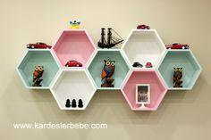 Unique Wall Shelves, Home Decor Shelves, Wall Shelves Design, Home Decor Furniture, Study Room Decor, Teen Room Decor, Bedroom Decor, Diy Home Crafts, Craft Stick Crafts