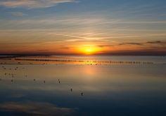 #waddenzee in de winter #zonsondergang by landelijkwonen