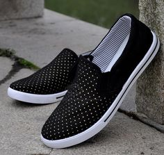 Men's Canvas Shoes With Round Head Low Cut and Polka Dot Pattern Design (GRAY,42) China Wholesale - Sammydress.com