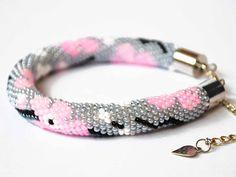 Sakura bracelet Flower bracelet Pink Grey Seed bead bracelet