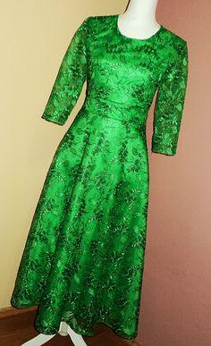 rochie din dantela verde