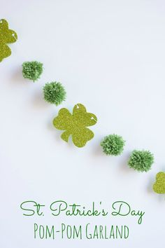 A simple way to add a touch of green to your home for St. Patrick's Day! | http://www.designimprovised.com