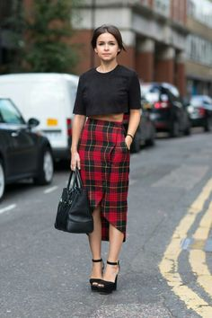 Preppy chic done to perfection. skirt!