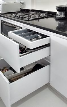 Modular Kitchen Accessories and Appliances For Indian Kitchen. Modular Kitchen Accessories and Appli Kitchen Room Design, Best Kitchen Designs, Modern Kitchen Design, Home Decor Kitchen, Interior Design Kitchen, Farmhouse Interior, Modern Interior, Modern Kitchen Interiors, Modern Kitchen Cabinets