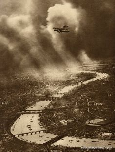 Aerial view of London, 1930s