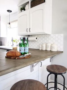 You may or may not be aware that you can replicate the appearance of concrete kitchen countertops wi Concrete Overlay Countertops, Diy Countertops, Kitchen With Concrete Countertops, Countertop Types, Kitchen Backsplash, Diy Kitchen, Kitchen Cabinets, Awesome Kitchen, Kitchen Magic