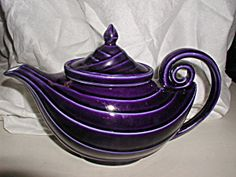 Hall Aladdin Teapot with Infuser (Cobalt Blue) ? -- looks purple to me! Tea Cup Saucer, Tea Cups, Coffee Cups, Hall Pottery, Aladin, Purple Kitchen, All Things Purple, Purple Stuff, Teapots And Cups
