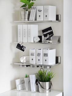 モノトーンの雑貨と緑化計画に使った物 - 白黒小屋