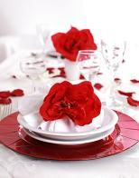red wedding table setting