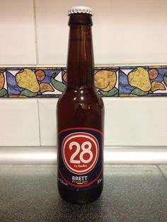 Brett 28 by Caulier- 7,5% Tostada suave, equilibrada y refrescante con toque de cítricos que recuerda a una IPA