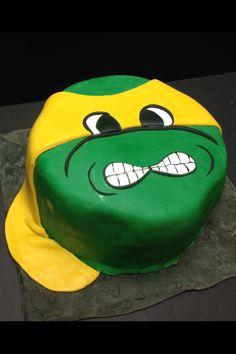 TMNT fondant covered birthday cake.