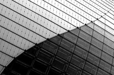 Nikon - Nikkor AF 105 VR Image: Taken: Beijing 北京 - (China) © All rights reserved. Use this photo without my explicit permission is illegal. Le Corbusier, Window Wall, Graphic Patterns, Amazing Architecture, Beijing, Textures Patterns, Louvre, Black And White, Modern