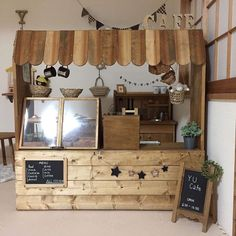 Decoration Restaurant, Cafe Shop Design, Small Coffee Shop, Kids Cafe, Booth Design, Play Houses, Kids And Parenting, Diy For Kids, Wood Projects
