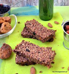 Dried fruit nut oat bars