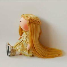 """622 Me gusta, 1 comentarios - КОРОЛЕВСТВО КУКОЛ №1 (@shopkukla) en Instagram: """"Продается ИГРОВАЯ❗ кукла.  ___________________________ Одежда вся съемная.…"""""""