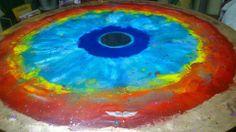 Autor Leonardo Muñiz  Título el ojo de Dios  Técnica Encausto sobre madera 3D circular diámetro 120cm disponible