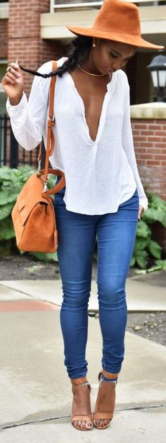 summer outfits  Camel Hat + White Blouse + Skinny Jeans