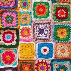 Мобильный LiveInternet МОЙ ЛЮБИМЫЙ БАБУШКИН КВАДРАТ! | SCARLET5 - Дневник SCARLET5 | Crochet Diagram, Crochet Granny, Geometry, Embroidery, Blanket, My Favorite Things, Instagram Posts, Pattern, How To Make