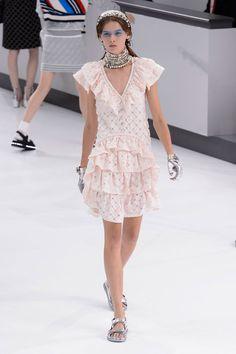 Chanel - Trend: New Romantics