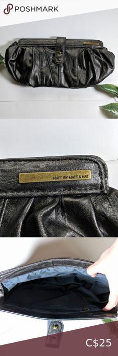 Matt by Matt & Nat clutch purse Mat And Nat, Matt And Nat Bags, Clutch Wallet, Leather Wallet, Under Pants, Plus Fashion, Fashion Tips, Fashion Trends, Wristlets