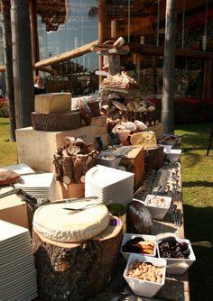 ¿Te gustan los quesos? Sorprende a tus invitados con una barra de quesos en tu celebración #boda #comunión #brunch