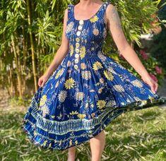 Woman, Dresses, Design, Fashion, Gowns, Vestidos, Moda, Fashion Styles