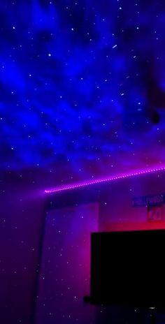 Neon Bedroom, Room Ideas Bedroom, Bedroom Decor, Galaxy Room, Pink Lila, Chill Room, Cute Room Ideas, Light In, Game Room Design