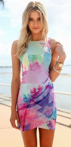 #street #style watercolor print dress Wachabuy http://www.gorditosenlucha.com/