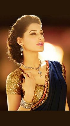 Nargis Fakhri Bollywood Replica Saree MF32601