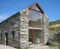 County Cork Painter's Studio / LOCAL Barn Renovation in Ireland / Commercial Industrial Lifts Architecture Renovation, Barn Renovation, Architecture Design, Cottage Renovation, Stone Barns, Stone Houses, Houses In Ireland, Green Barn, Modern Barn