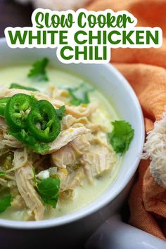 Slow Cooker Low Carb White Chicken Chili – this low carb version of a classic is so creamy and filling. It's simple to toss together and is a family favorite. #lowcarbchili #ketochili Low Carb Slow Cooker, Slow Cooker Soup, Lunch Recipes, Healthy Dinner Recipes, Banting Recipes, Atkins Recipes, Caviar Recipes, Crockpot White Chicken Chili, Healthy Meal Prep