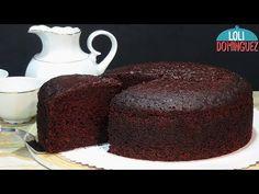 SORPRENDENTE BIZCOCHO JUGOSO DE CHOCOLATE HECHO CON AGUA. Loli Domínguez. Paso a paso. Tutorial. - YouTube Chocolate Churros, Chocolate Cake, Cupcake Cookies, Cupcakes, Un Cake, Sponge Cake, Cake Pops, Vanilla Cake, Biscotti