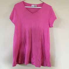 Maternity pink v-neck top Maternity pink v-neck top In Due Time Tops