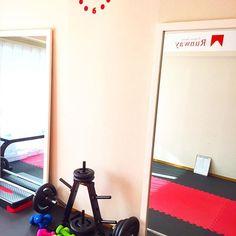 2016/11/26 10:55:47 meyou0409 トレーニング三回目は出勤前の夫を連れて💪 今体脂肪率23% 20%以下にするのが目標👙 #朝活#恵比寿#夫婦#子連れ#パーソナルトレーニング#ワークアウト#筋トレ#健康#ママライフ#アラサー#週末#充実#personaltraining#gym#workout#momlife#weekend  #健康