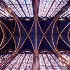 GOTYK: Sainte-Chapelle, Paryż