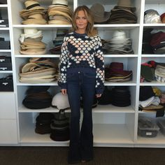 When Chrissy Teigen stopped by the Vogue offices, we immediately began lusting after her luxurious, down-to-earth combination of a cashmere sweater, denim flares, and suede heels. Chrissy T, Garance, Jeans With Heels, Denim Flares, Love Her Style, Signature Style, Unique Fashion, Celebrity Style, Cool Outfits