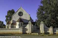 Jagersfontein is a favourite with geologists and historians.