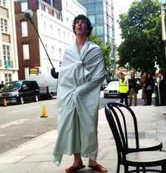 Sherlock behind the scenes - what a shame if there happened to be a gust of wind ^_^