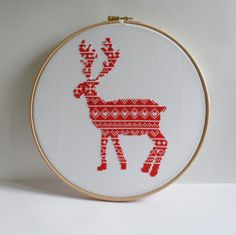 Reindeer / Christmas / Cross stitch pattern by CraftwithCartwright www.etsy.com/shop/craftwithcartwright Use code PIN10 to get 10% off in my Etsy shop
