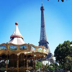 Link in bio#thatchillaxdude Pssst @lisa.biddle for H... as in #packmybags  #followyourarrow #travel  #wandern #travelbug #travelgram #wanderlust #notallwhowanderarelost #instalike #instatravel #instatraveling #photography #holiday #tourism #vacation #followme #travelblogger #passportready #worldtravel  #natgeo #wander #explore #explorer #summer #europe #france #paris #parisisalwaysagoodidea