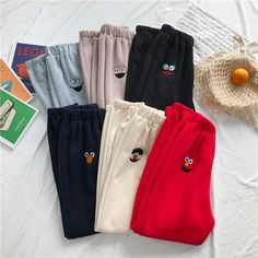 Girls Fashion Clothes, Teen Fashion Outfits, Look Fashion, Korean Fashion, Cute Lazy Outfits, Cool Outfits, Cute Sweatpants Outfit, Trendy Hoodies, Mode Kpop