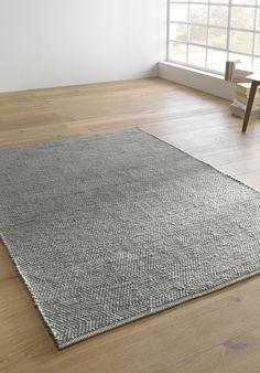 teppich kolong eierschale schwarz 140x200 cm einrichtung und dekoration urbanara teppich. Black Bedroom Furniture Sets. Home Design Ideas