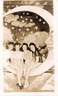 four lovelies on a paper moon