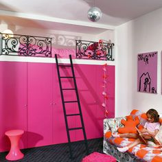 Who says protective railings on an alcove loft bed have to be plain old bars?