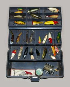 Lotsa Lures!Source: Burley Auction Group